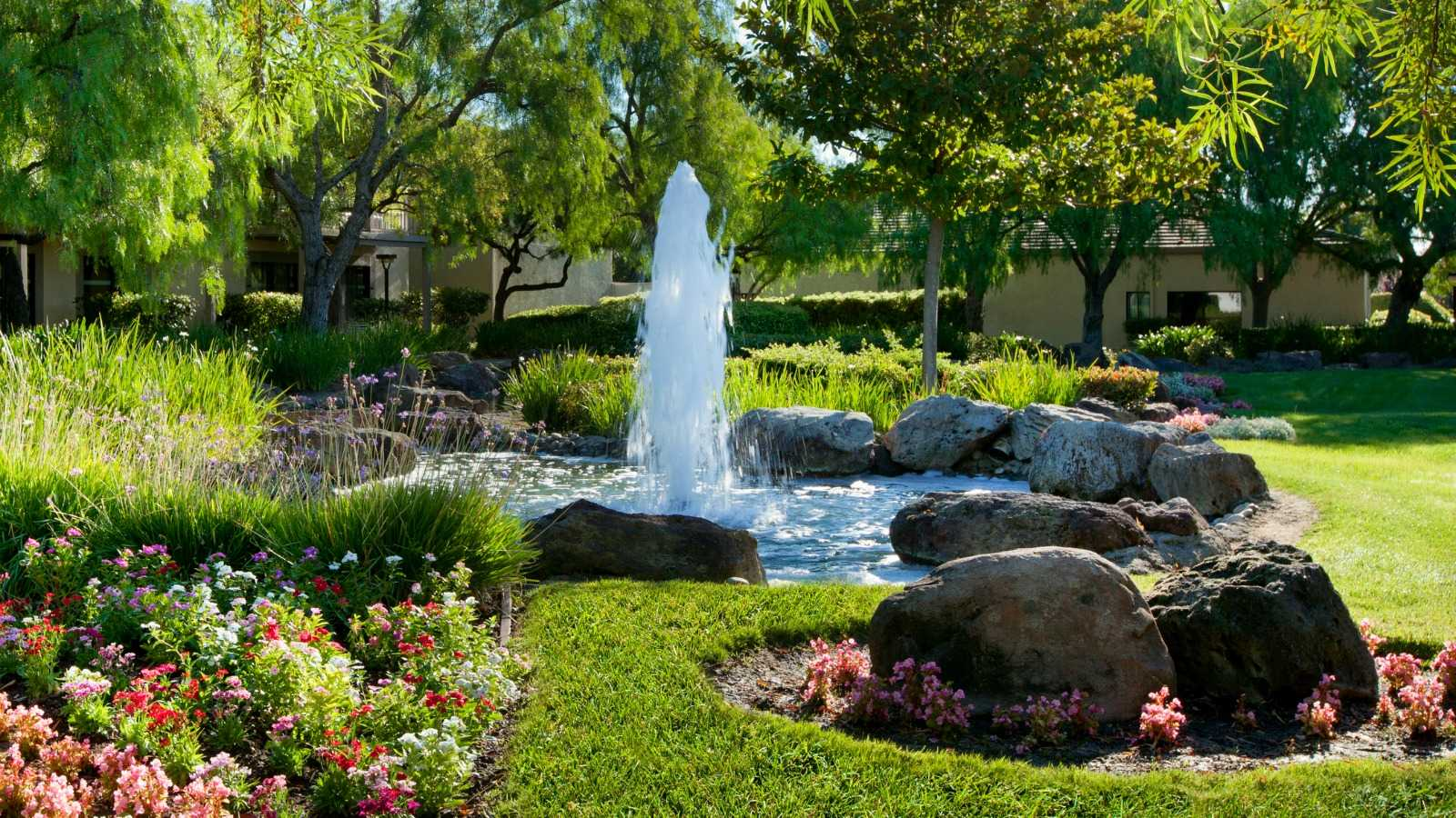 Pleasanton Wedding Venues - Water Fountain
